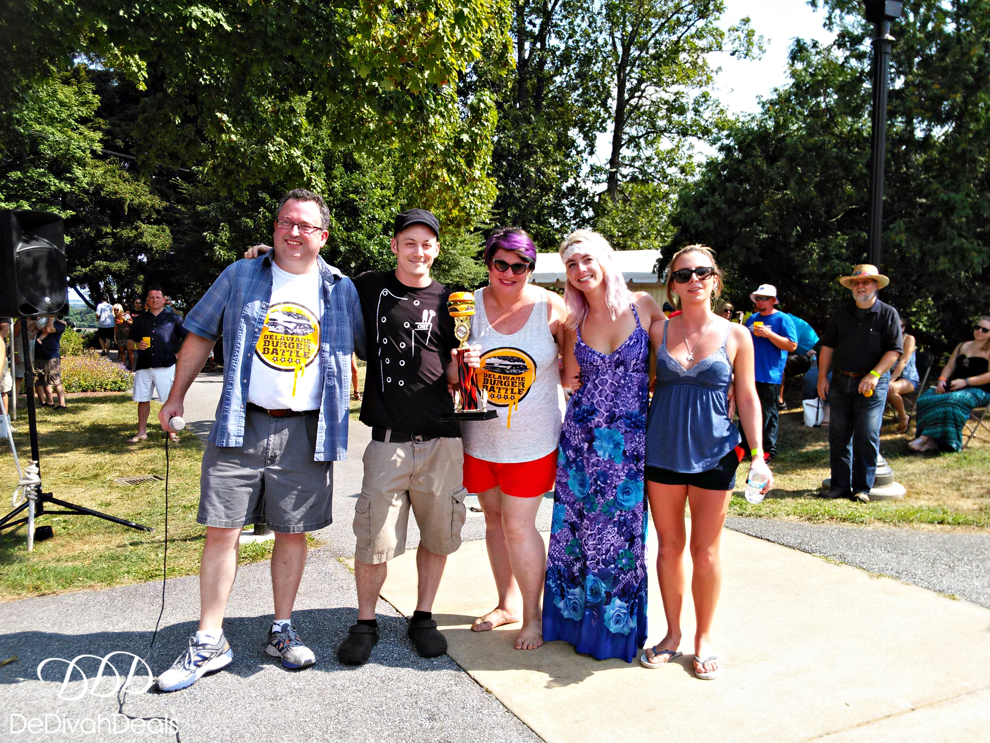what to wear to a burger battle fashion and fun after fifty it was perfect day warm weather with low humidity which is a rarity for a summer day in delaware it was also a delight to meet fellow delaware food